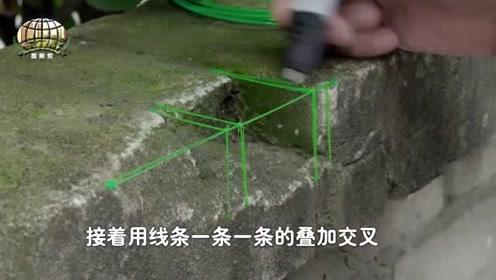 """现实版""""神笔马良"""",国外小哥用3D打印笔修补围墙,操作熟练!"""