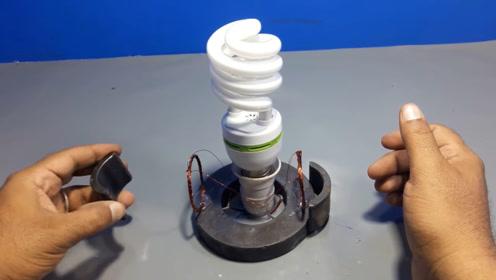 小伙在家制作发电小工具,一天能发2度电,再也不用交电费了