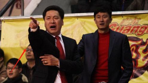 李楠7秒鬼才战术遭炮轰,球迷呼喊李春江上台,他真的最合适吗?