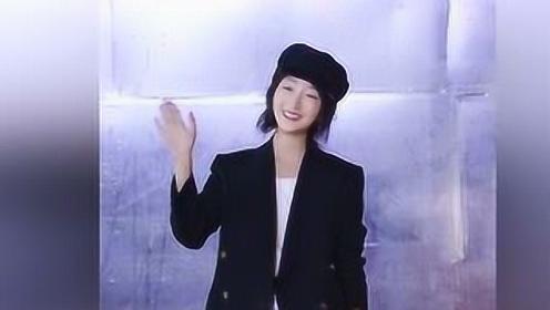 今年初秋跟刘雯周冬雨学穿西装 保暖时尚还很有型