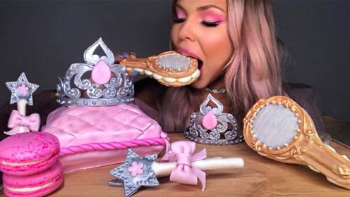"""国外美女吃""""创意甜点"""",粉色少女心直冒泡,吃起来真不舍得"""