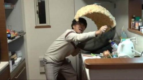 """日本顶级厨师厨艺多恐怖?火遍全网""""海啸炒饭"""",真相绝对想不到"""