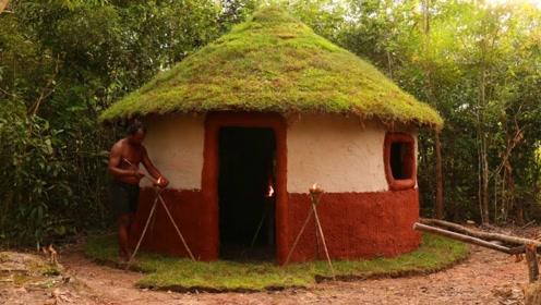野外生存,如何搭建泥巴小屋,佩服两兄弟的能力