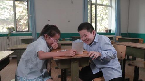 班级最美少年评选,萌娃拍的照片却被2同学嘲笑,怎么回事?