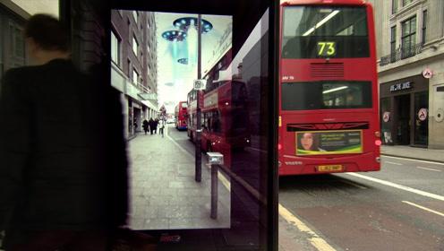 国外奇葩公交站台,把路人直接看懵,真佩服设计者脑洞!