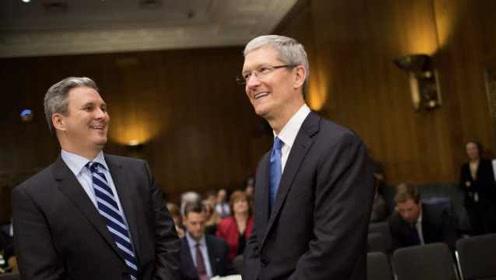 苹果半年三高管离职:公关副总裁离任,负责苹果发布会等事宜