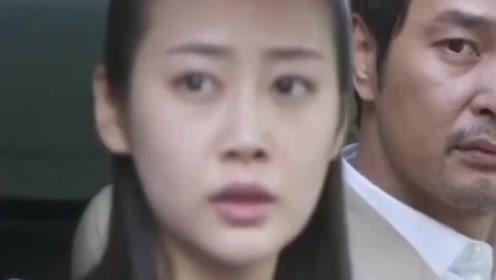 女孩被总裁送回家,却看到穷男友上了女总裁的豪车!