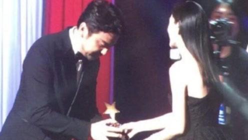 釜山电影节姚晨摘得亚洲内容奖最佳女演员 baby为雷佳音颁奖