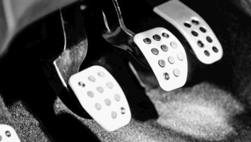 考驾照科二新手控制不好离合器,还脚疼?教练教你正确操控离合!
