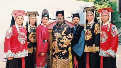93版《包青天》演员现况大不同 展昭成富豪而张龙却因欠债经商