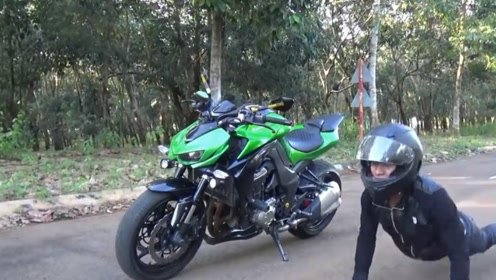 川崎摩托车飙升速度碾压榴莲,画面引起极度舒适