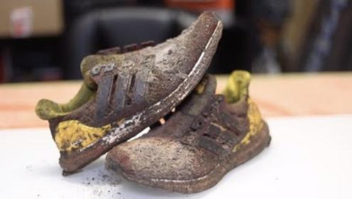这双破旧鞋价值2400美元?小哥加工翻新后,大开眼界!