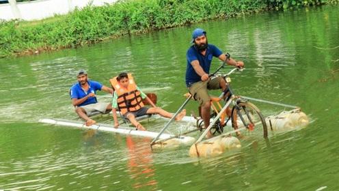小哥在水上骑自行车,还载人,这也太会玩了!
