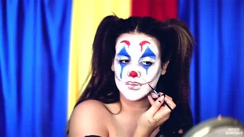 国外女子美妆秀:化妆打扮成的小丑你觉得像吗?