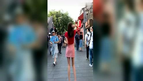 街拍韩国网红热舞,亮点在后面