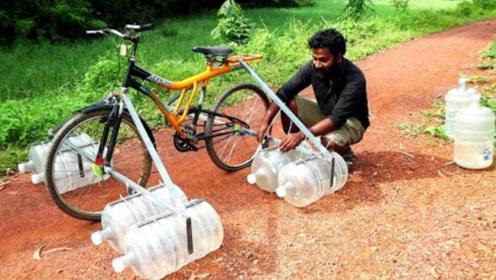 印度牛人制作水上自行车,大胆去湖里亲测,真的不会沉下去吗?