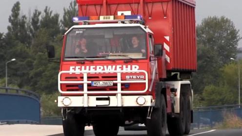 黑科技消防车,车上只装载水管,这该怎么救火呢?