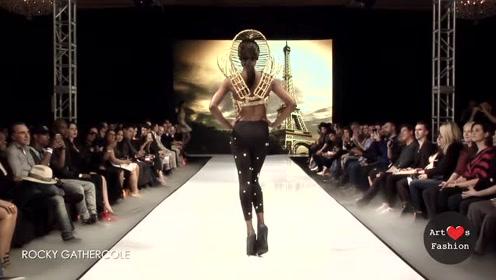 老外设计师的奇思妙想,创造出如此独特的衣服,惹得观众纷纷拍掌!