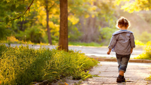 孩子上幼儿园,该选公立的还是私立的?了解这2点再做决定也不迟