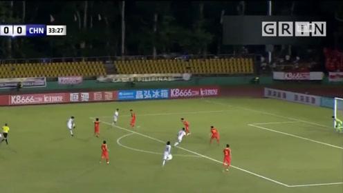 世预赛40强赛:国足错失多次良机,0比0战平菲律宾