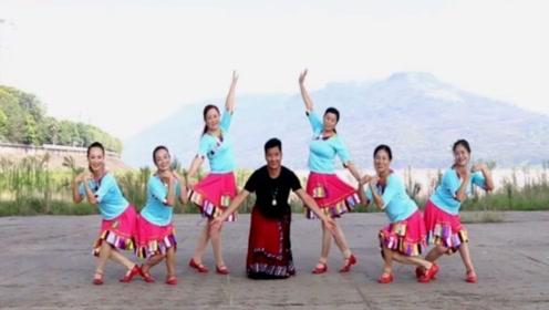 凤凰六哥广场舞《神奇的九寨》集体藏族舞教学