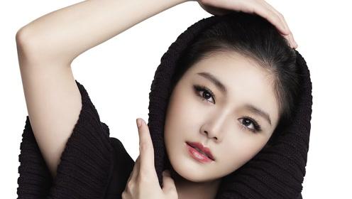 大S的三十岁,青春靓丽少女感十足,汪小菲自称把老婆给耽误了
