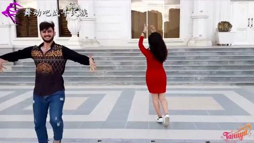 """阿塞拜疆姑娘真是""""秀色可餐""""!有这样的女舞伴,小伙乐开花了"""