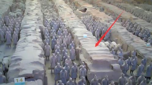 为啥兵马俑中间的土墙不能挖?考古专家无奈说出真相,网友:必须得保护