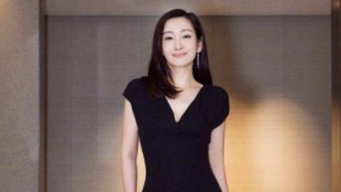秦海璐这回穿得真高级,一袭绿裙优雅至极,41岁这气质娱乐圈罕见