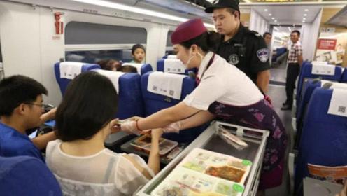 火车途中几千名乘客,为何连几十份盒饭都卖不完?终于知道答案了