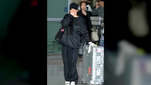 雪莉今日出殡,宋茜一身黑衣现身机场,发文悼念:不会忘记我爱你