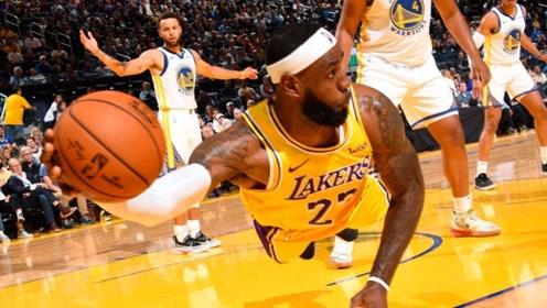 态度决定一切!那些NBA球星飞身救球的精彩瞬间