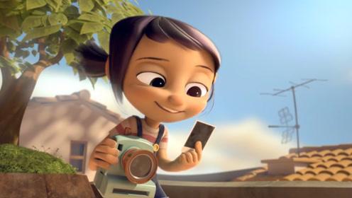 为挽回主人的心,破旧照相机努力制作精美作品,成功感动小女孩!
