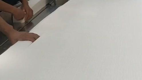 绝对让你大开眼界,我们平时用的抽纸原来是这么做出来的!