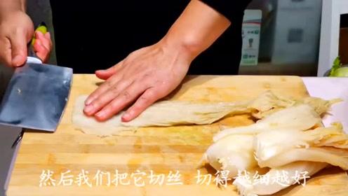 美味的酸菜炖肉,看着就要流口水了,不一样的风味!