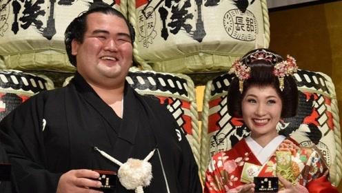 为何日本美女都想嫁给相扑运动员?只是因为有钱?这一原因更重要
