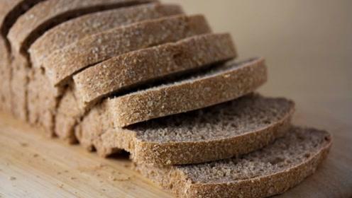 你吃的全麦面包是真的吗?如何区分面包类型