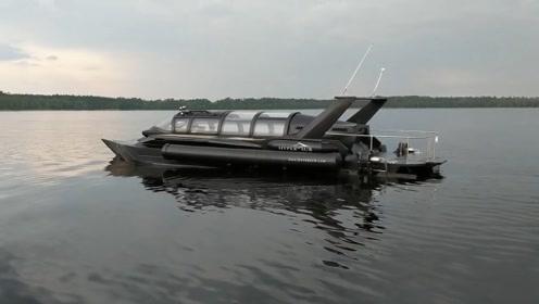 世界上首艘潜水游艇面世,可以水上水下任意切换