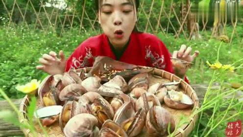 功夫白灼沙包螺,女侠1人吃5斤,大口吃肉好过瘾,吃货最光荣