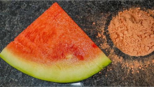 西瓜里面含有多少水?将它干燥后称重对比,说是水做的也不奇怪