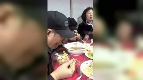 回农村吃席,跟这群大人物坐在一桌,我愣是没敢动筷子!