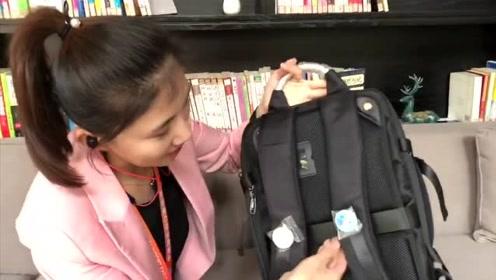 小莉VLOG:探秘进博会,记者包里有什么?