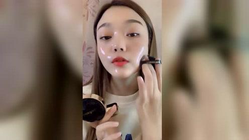 女友用胶水化妆,这韩星同款水光肌不是开玩笑的,也太扎眼了