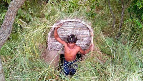 农村牛人隐居草丛,竟在地下掏出秘密豪宅,赶紧进来看看!