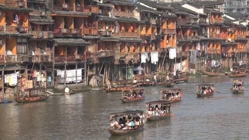 中国唯一漂在水上的古镇,有400多年的历史,堪称世外桃源!