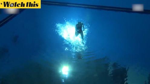 韩国13岁少女在水中倒立漫步 瞬间走红
