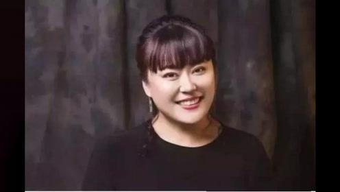 曾因曝光副导演吃回扣被联合封杀,今李菁菁正式宣布退出34年演艺生涯