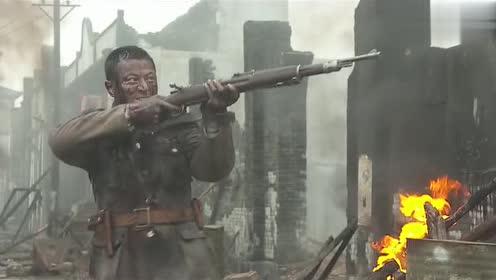 师长战至最后一人,坚持不让战旗倒下,身死忠魂永在!