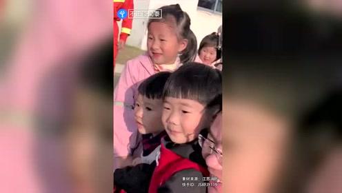 男童生病错过学校消防演习,没见到消防员崩溃大哭:我再也不生病了