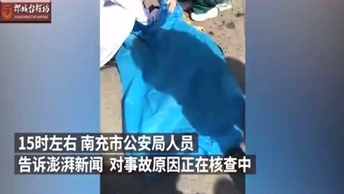 南充一公交车将路边男孩撞倒致其死亡,司机已被调查
